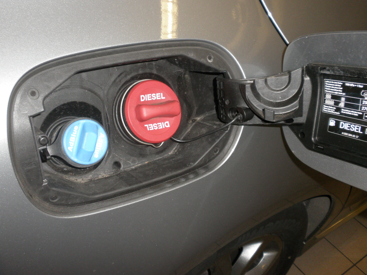 Drive Car With Fuel Cap Open
